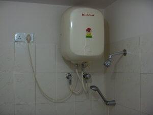 hiring the services of professional water heater repair technicians